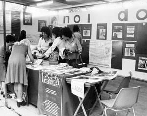 stand festa unità noidonne herstory archivia femminismo luoghi  storia gruppi Roma donna
