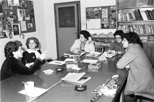 tavola rotonda donne istituzioni noidonne herstory archivia femminismo luoghi  storia gruppi Roma