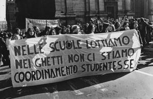 Centro donne manifestazione sciopero herstory  femminismo storia collettivi gruppi mappa