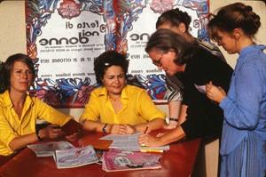raccolta firme  noidonne herstory archivia femminismo luoghi  storia gruppi Roma donna