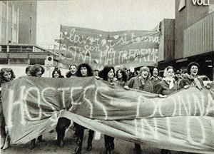 manifestazione hostess Collettivo alitalia casa donna governo vecchio herstory  storia femminismo gruppi Roma