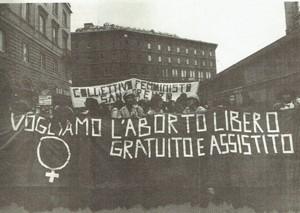 striscione manifestazione San Lorenzo Collettivo herstory  femminismo luoghi donne storia gruppi Roma