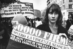 violenza manifestazione legge sessuale herstory  femminismo luoghi donne storia gruppi Roma