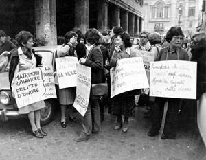 manifestazione diritto onore Unione donne italiane herstory  femminismo storia gruppi Roma archivia