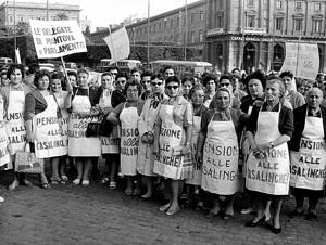 manifestazioni delle donne casalinghe Archivia Herstory femminismo a roma e Lazio