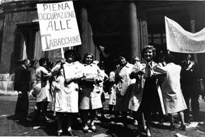 manifestazioni delle donne  sciopero tabacchine Archivia Herstory femminismo a roma e Lazio