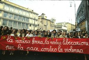 manifestazione delle donne 8 marzo Archivia Herstory femminismo a roma e Lazio