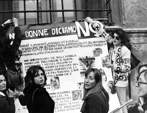 manifestazioni delle donne aborto divorzio Archivia. Herstory femminismo a roma e Lazio