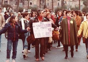 manifestazione delle donne disarmo Archivia Herstory femminismo a roma e Lazio