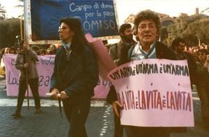 Coordinamento armi manifestazione herstory  femminismo luoghi storia gruppi Roma