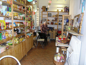 quinoa commercio equo solidale casa internazionale donne herstory  femminismo luoghi storia gruppi Roma