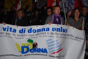 manifestazione vita donna casa internazionale donne herstory  femminismo luoghi storia gruppi Roma