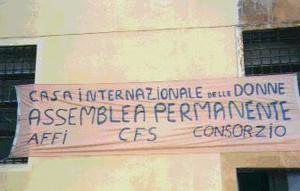 striscione trattativa casa donna affi herstory  femministe lesbiche  luoghi storia collettivi gruppi Roma manifestazioni